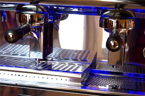 Clean boiler espresso machine